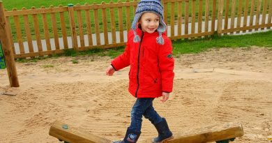 Autumn Stroll Pugneys Pirate Play park